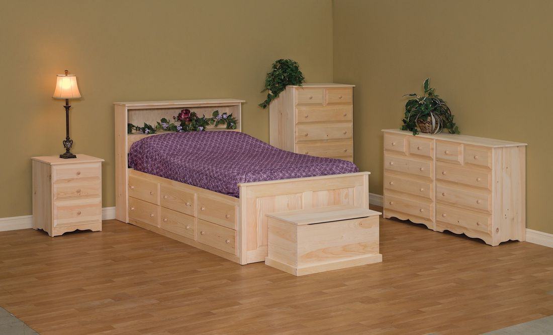 Wood Bedroom - furniture store with bedroom furniture, dining furniture, wood bookcases, islands and more   Nashville, TN